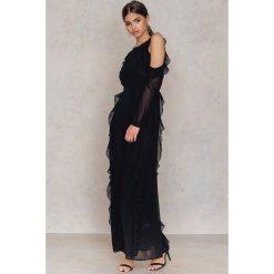 Długie sukienki: Glamorous Sukienka z odkrytymi ramionami - Black