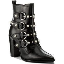 Botki BRONX - 33995-F BX 1217 Black 01. Czarne buty zimowe damskie marki Bronx, z materiału. W wyprzedaży za 399,00 zł.