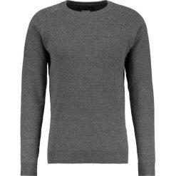 Swetry męskie: Jack & Jones JPRCRUISE CREW NECK Sweter dark grey