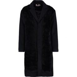 Topman Płaszcz wełniany /Płaszcz klasyczny black. Czarne płaszcze na zamek męskie Topman, m, z materiału, klasyczne. Za 529,00 zł.