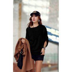 Swetry klasyczne damskie: Sweter