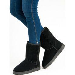 WYSOKIE ŚNIEGOWCE VINCEZA. Czarne buty zimowe damskie marki Vinceza, na wysokim obcasie. Za 89,90 zł.