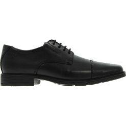Clarks - Półbuty Tilden Cap. Czarne buty wizytowe męskie Clarks, z gumy, na sznurówki. W wyprzedaży za 199,90 zł.