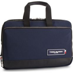 Torba na laptopa TOMMY HILFIGER - Th Patch Slim Computer Bag AM0AM04344 901. Niebieskie torby na laptopa TOMMY HILFIGER, z materiału. Za 599,00 zł.