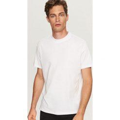 Gładki t-shirt - Biały. Białe t-shirty męskie Reserved, l. Za 29,99 zł.