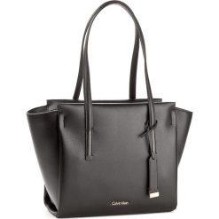Shopper bag damskie: Torebka CALVIN KLEIN BLACK LABEL – Frame Medium Shopper K60K603979 001