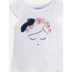 Mayoral - Top dziecięcy 98-134 cm. Szare bluzki dziewczęce Mayoral, z aplikacjami, z bawełny, z okrągłym kołnierzem, z krótkim rękawem. Za 79,90 zł.