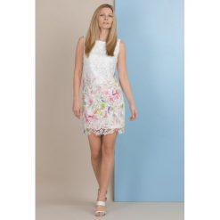 Odzież damska: Koronkowa tunika z kwiatami