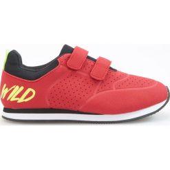 Buty sportowe chłopięce: Sportowe buty na rzepy - Czerwony