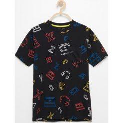 Odzież chłopięca: T-shirt z siatkową kieszonką – Czarny