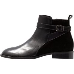 KIOMI Ankle boot black. Czarne botki damskie na zamek KIOMI, z materiału. Za 379,00 zł.