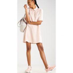 Sukienki hiszpanki: Native Youth COMET Sukienka koszulowa pink sand