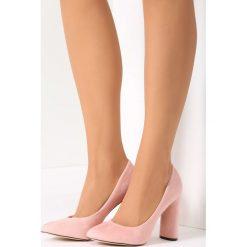 Różowe Czółenka Gingham. Czerwone buty ślubne damskie vices. Za 59,99 zł.