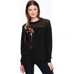 BLUZA DAMSKA Z KWIATOWĄ APLIKACJĄ, Z ŁĄCZONYCH MATERIAŁÓW. Czarne bluzy damskie Top Secret, na jesień, z aplikacjami, z materiału. Za 99,99 zł.