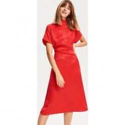 Wiskozowa sukienka - Czerwony. Czarne sukienki marki Reserved, z lyocellu. Za 139,99 zł.