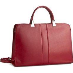 Torebka CREOLE - RBI120 Czerwony. Czerwone torebki klasyczne damskie Creole, ze skóry. W wyprzedaży za 269,00 zł.