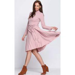 Różowa Sukienka Forever. Czerwone sukienki hiszpanki Born2be, s, z elastanu, midi. Za 89,99 zł.