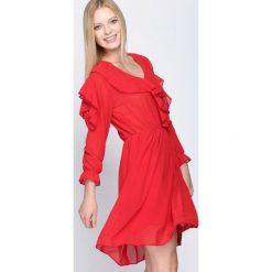 Czerwona Sukienka Cheeky. Czerwone sukienki mini marki Mohito, l, z weluru. Za 69,99 zł.