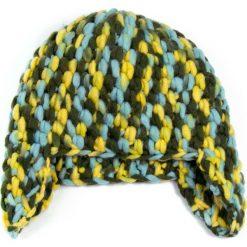 Czapka damska Grubo dziergana uszatka zielono-żółta. Zielone czapki zimowe damskie Art of Polo, dziergany. Za 37,60 zł.