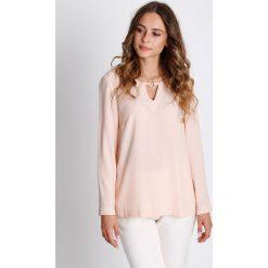 Odzież damska: Pudrowa bluzka z długim rękawem BIALCON