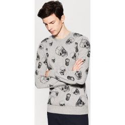 Bluza z nadrukiem all over - Szary. Szare bluzy męskie rozpinane marki House, l, z nadrukiem. W wyprzedaży za 39,99 zł.