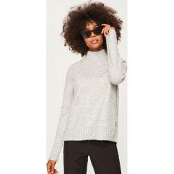 Sweter z golfem - Jasny szar. Szare golfy damskie Reserved, l. Za 99,99 zł.