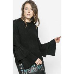 Only - Sweter Flower. Szare swetry klasyczne damskie ONLY, m, z dzianiny, z okrągłym kołnierzem. W wyprzedaży za 59,90 zł.