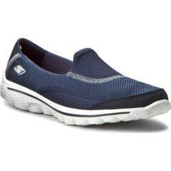 Buty SKECHERS - Go Walk 2 13590/NVY Navy. Niebieskie buty do fitnessu damskie Skechers, z materiału. W wyprzedaży za 179,00 zł.