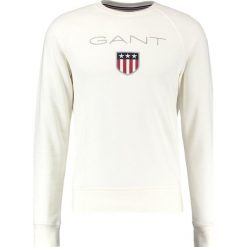 GANT SHIELD CNECK Bluza offwhite. Białe bluzy męskie GANT, m, z bawełny. Za 379,00 zł.