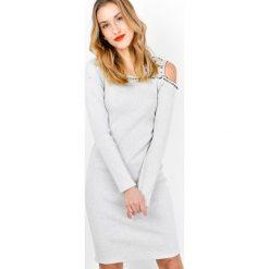 Sukienki: Dzianinowa sukienka z perełkami
