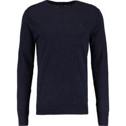 Swetry klasyczne męskie: Scotch & Soda CLASSIC CREWNECK  Sweter midnight