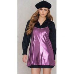 Motel Rocks Sukienka Meadow - Purple. Różowe sukienki z falbanami marki Motel Rocks. W wyprzedaży za 60,89 zł.