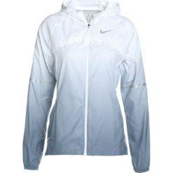Nike Performance SHIELD HOODED PRISM Kurtka do biegania armoury blue/white. Czerwone kurtki damskie do biegania Nike Performance, l, z materiału. W wyprzedaży za 359,20 zł.
