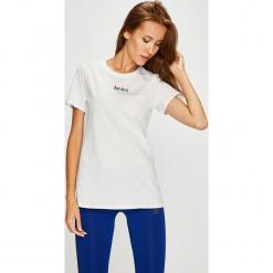 Nike Sportswear - Top. Szare topy damskie Nike Sportswear, l, z aplikacjami, z bawełny, z okrągłym kołnierzem. Za 79,90 zł.