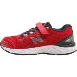 New Balance KV680BCY Obuwie do biegania Stabilność red. Szare buty do biegania damskie marki New Balance, na lato, z materiału. Za 319,00 zł.
