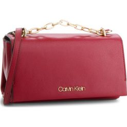 Torebka CALVIN KLEIN - Frame Shoulder Bag K60K604593 628. Czerwone listonoszki damskie Calvin Klein, ze skóry ekologicznej. Za 599,00 zł.
