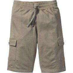 Bermudy dresowe Slim Fit bonprix jasnooliwkowy. Czarne bermudy męskie marki bonprix, w paski, z dresówki. Za 32,99 zł.