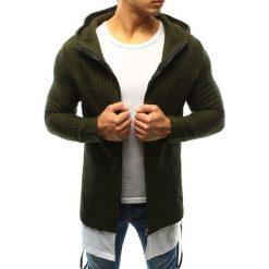 Sweter męski rozpinany z kapturem zielony (wx0920). Zielone kardigany męskie marki Dstreet, m, z nadrukiem, z bawełny, z kapturem. Za 99,99 zł.
