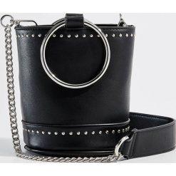 Torebka z metalowym uchwytem Gold Label - Czarny. Czarne torebki klasyczne damskie Mohito. Za 119,99 zł.