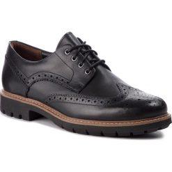 Półbuty CLARKS - Batcombe Wing 261271927  Black Leather. Czarne derby męskie Clarks, z materiału. W wyprzedaży za 369,00 zł.