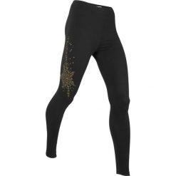 Legginsy sportowe, długie LEVEL1 bonprix czarny. Czarne legginsy we wzory bonprix. Za 74,99 zł.