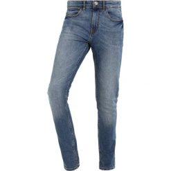 New Look Jeans Skinny Fit bright blue. Czarne jeansy męskie relaxed fit marki New Look, z materiału, na obcasie. Za 189,00 zł.