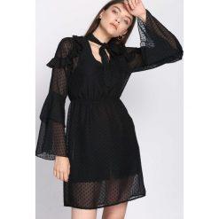 Czarna Sukienka Coherence. Czarne sukienki marki Born2be, l, z koszulowym kołnierzykiem, koszulowe. Za 89,99 zł.