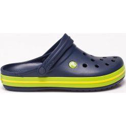 Crocs - Klapki. Niebieskie klapki męskie marki Crocs, z materiału. W wyprzedaży za 169,90 zł.