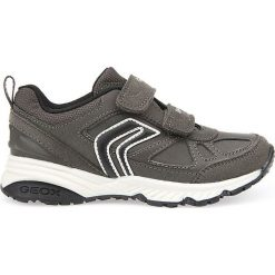 """Sneakersy """"Bernie"""" w kolorze szaro-czarnym. Niebieskie trampki chłopięce marki geox kids, z gumy. W wyprzedaży za 125,95 zł."""