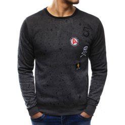 Bluzy męskie: Bluza męska z nadrukiem i naszywkami antracytowa (bx3401)