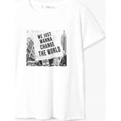 Mango - Top Street. Białe topy damskie marki Mango, l, z nadrukiem, z bawełny, z okrągłym kołnierzem. Za 49,90 zł.