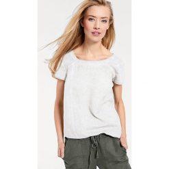 Odzież damska: Koszulka w kolorze białym