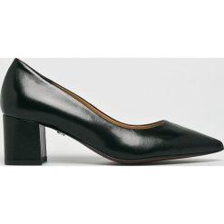 Solo Femme - Czółenka. Czarne buty ślubne damskie marki Kazar, ze skóry, na niskim obcasie, na obcasie. Za 339,90 zł.