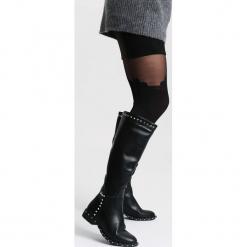 Czarne Kozaki Open-Hearted. Czarne buty zimowe damskie vices, z materiału, z okrągłym noskiem, na obcasie. Za 179,99 zł.